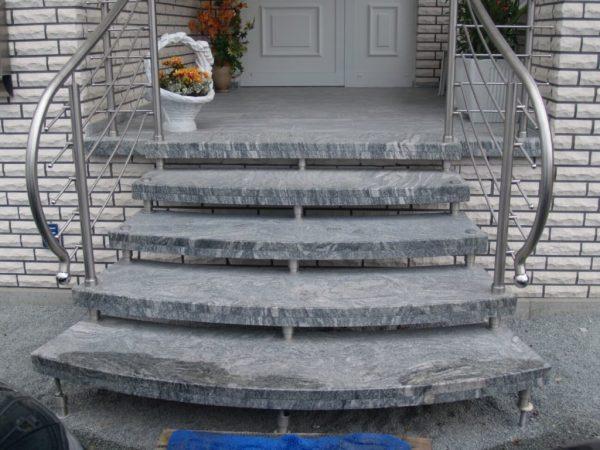 schody